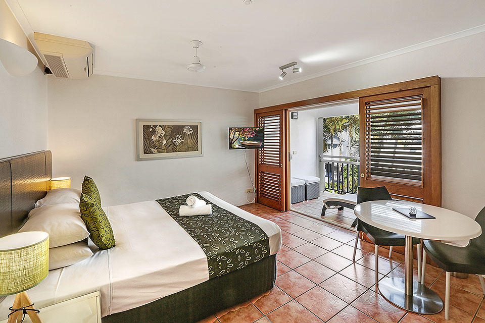 Palm Cove Luxury Studio Accommodation