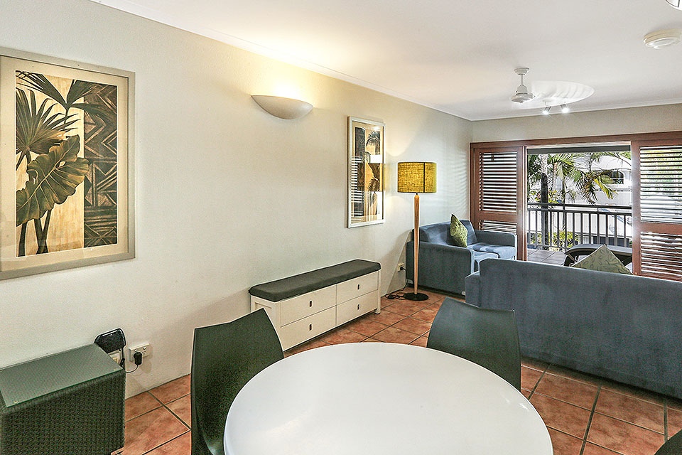 Palm Cove Beachfront Suite Accommodation